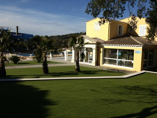 Photo of Domaine des Naiades Open Air Hotel Grimaud