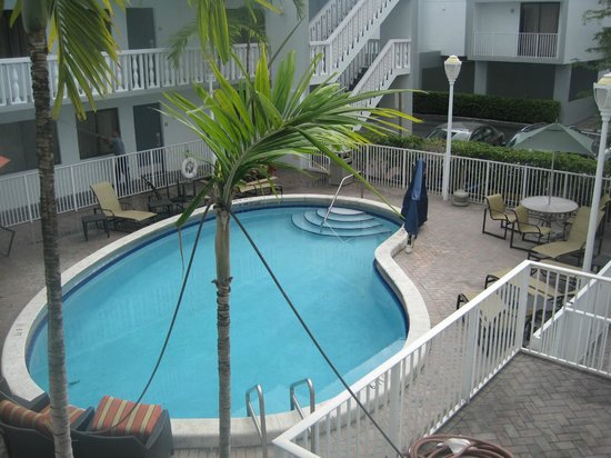 Residence Inn Miami Coconut Grove: Pool area