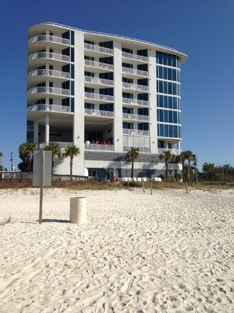 South Beach Biloxi Hotel & Suites: Hotel from the Beach behind hotel