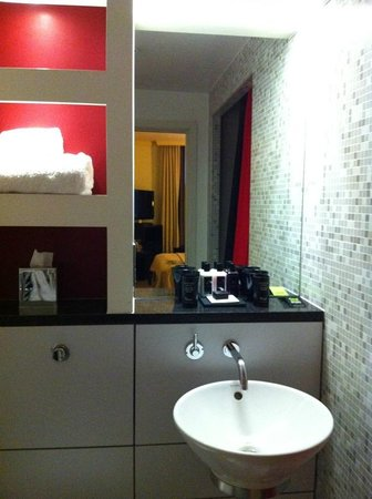 Malmaison London: bathroom