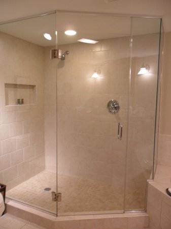 The Residences at Biltmore: The room came with a nice shower.