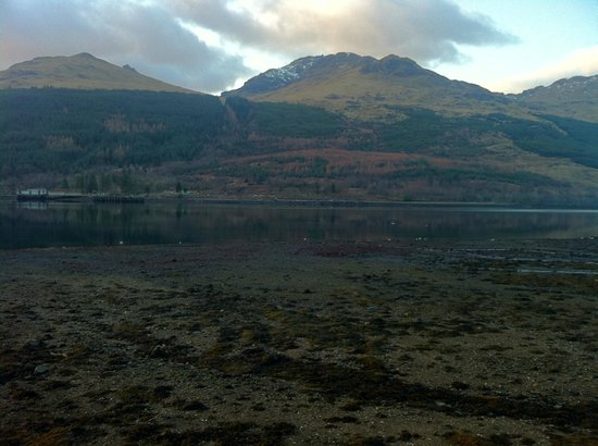 The Village Inn: Loch Long/ The Cobbler