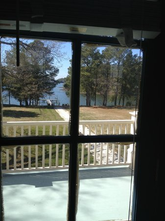 King's Creek Inn: View from window of the Mary Suite looking out to the water