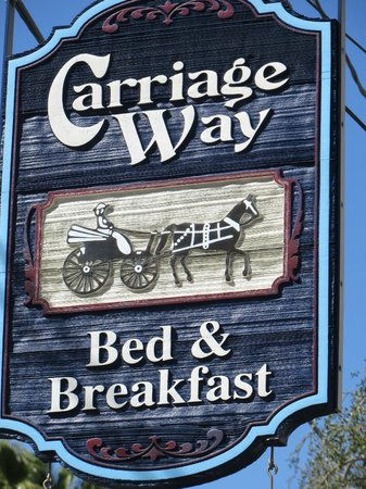 Carriage Way Bed and Breakfast: sign on B&B