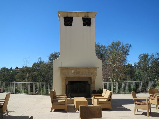 Park Hyatt Aviara Resort: Outdoor fireplace outside conference facilities