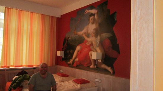 Hotel Adria: artwork - so Bavarian