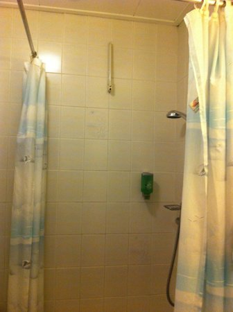 Hotel van Walsum: Shower