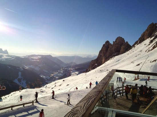 Giardin Boutique B & B : Skiing view