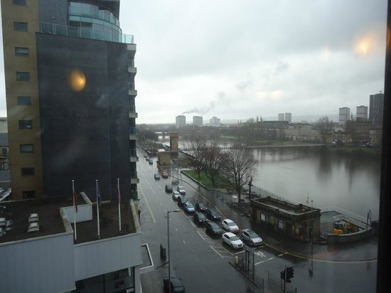 Jurys Inn Glasgow: view from 5th floor (Jamaica street side)