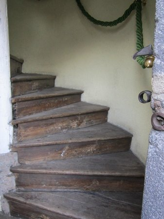 Saint-Flour, France : stair way