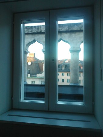 Hotel Stureplan: Window of loft room 611