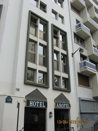 Hotel Arotel -   