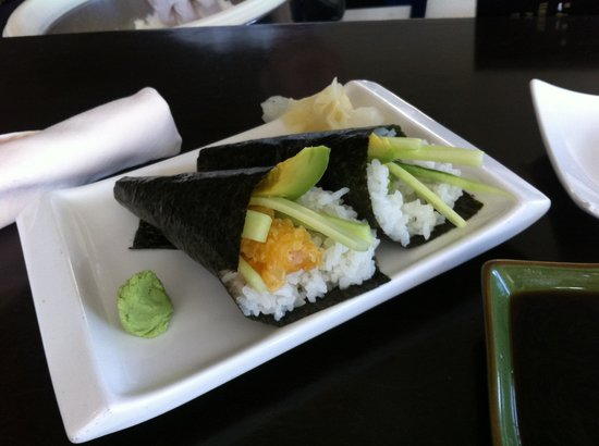 La Torretta Lake Resort &amp; Spa: Hand rolls at Yoi Sushi Bar