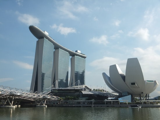 Marina Bay Sands: outside view