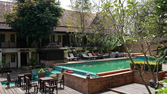 Ayatana Hamlet & Spa, Chiang Mai: green pool that has never been cleaned, unfortunately((
