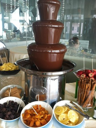 Allegria Hotel: chocolate fountain