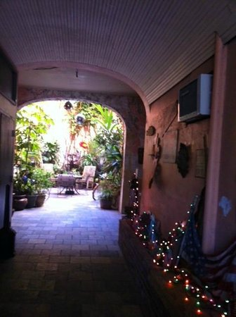 St. Philip French Quarter Apts.: Interior Courtyard