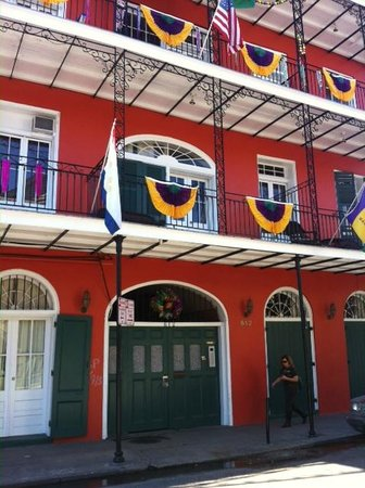 St. Philip French Quarter Apts.: Hotel Exterior