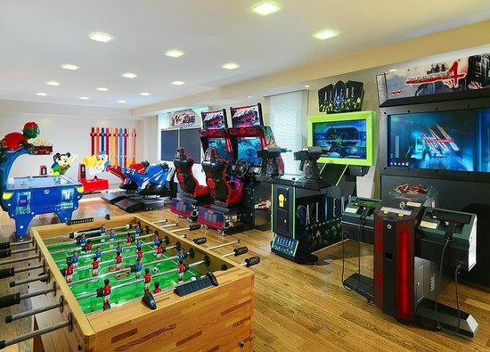 Video game room for the kids picture of tsaghkadzor for Design hotel games