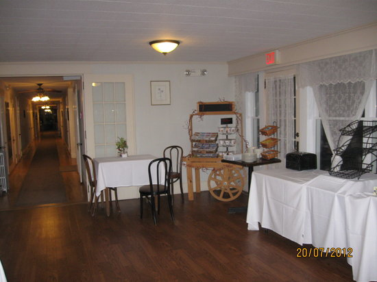 Whitefield, NH: Diningroom