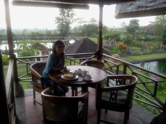 Tirta Ayu Hotel &amp; Restaurant: Favorite place for breakfast,...
