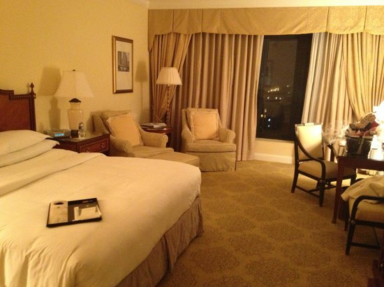 The Ritz-Carlton: My room