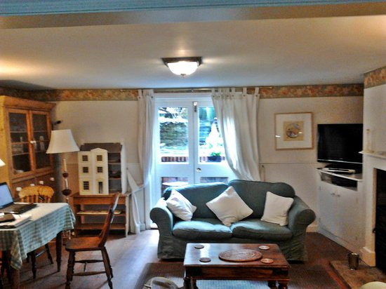 The Waltons Bed And Breakfast Dorking