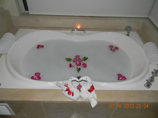 Iberostar Grand Hotel Bavaro: Romantic Evening in the Suite...