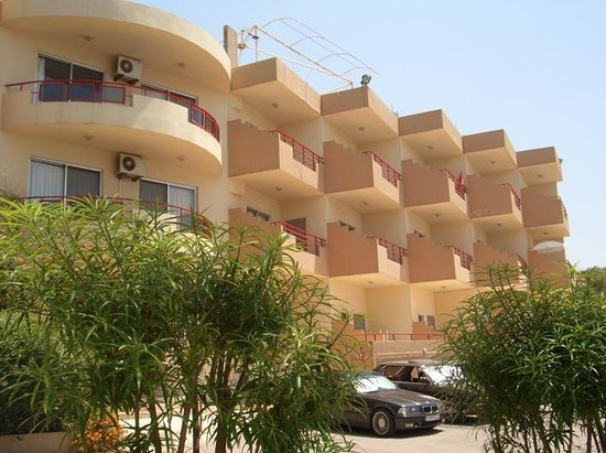 Hotels Jbail