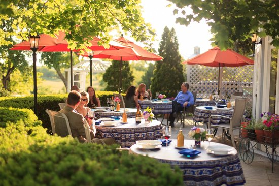 Boyce, VA: Summer Dining Al Fresco at L'Auberge Provencale