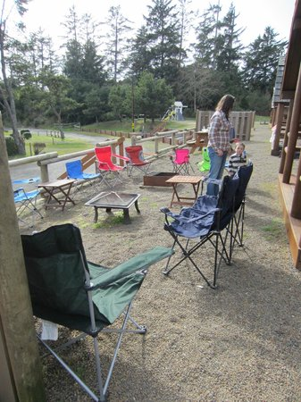 Waldport Newport KOA: We brought a travel fire pit with us so everyone can be by the heat.