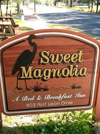 Sweet Magnolia Inn Bed and Breakfast