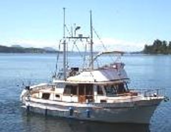 Lund, Kanada: The Agate Pass is a 37ft yacht with indoor and outdoor seating.