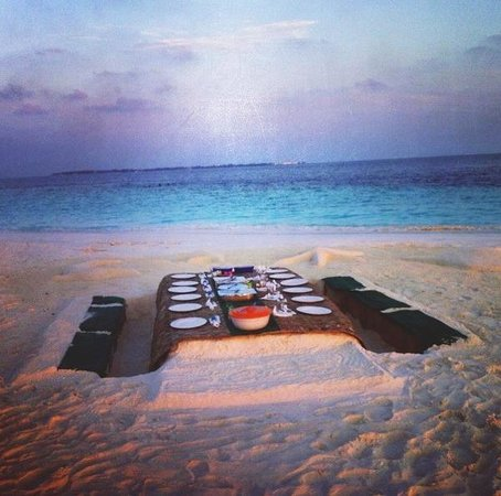 Kaafu Atoll: Our private sandbank dinner