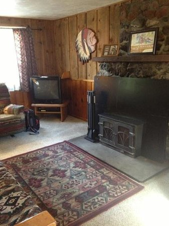Wallowa Lake Resort: woodstove