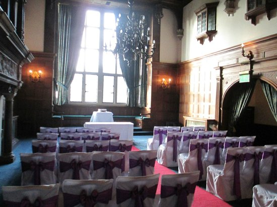 Rhinefield House: Waiting for the ceremony