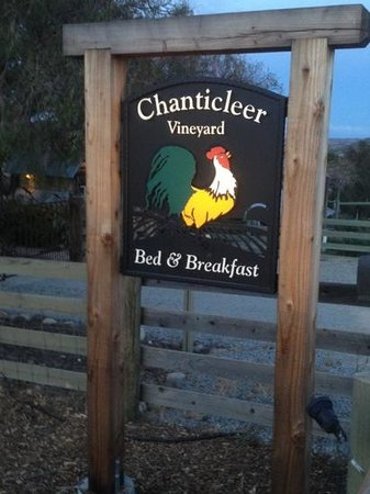 Chanticleer Vineyard Bed and Breakfast: get ready to relax!