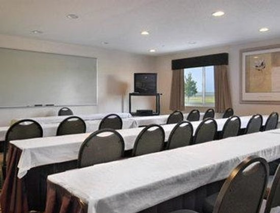 Baymont Inn and Suites Columbus at Rickenbacker: Meeting Room
