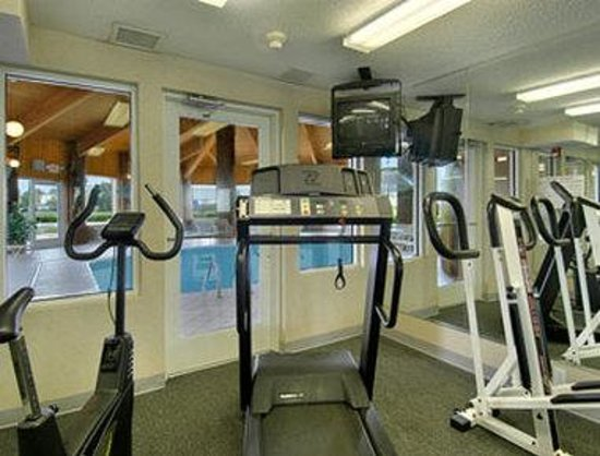 Baymont Inn and Suites Columbus at Rickenbacker: Fitness Center