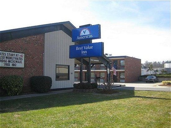 Photo of Americas Best Value Inn Siler City