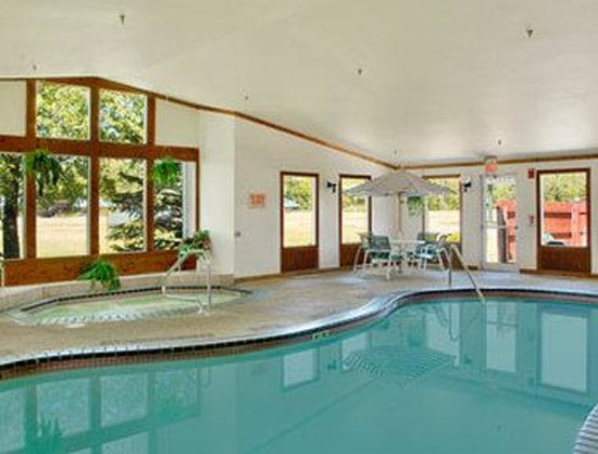 Days Inn Nisswa: Indoor Heated Pool