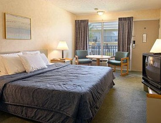 Days Inn Frankfort: Standard King Bed Room
