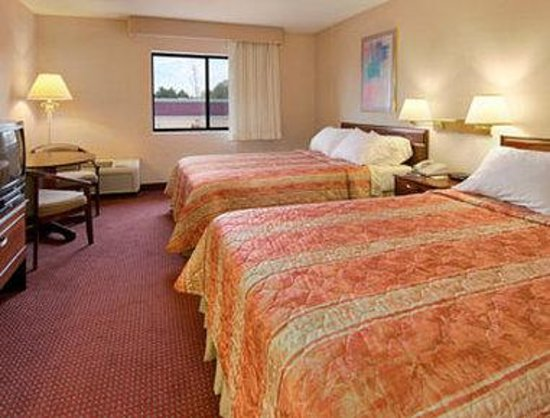 Days Inn Canastota-Syracuse: Guest Room