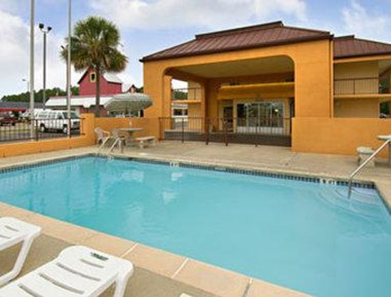 Days Inn Moss Point Pascagoula: Pool