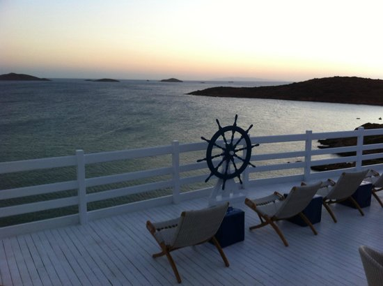 Perrakis Hotel Andros: Terrace
