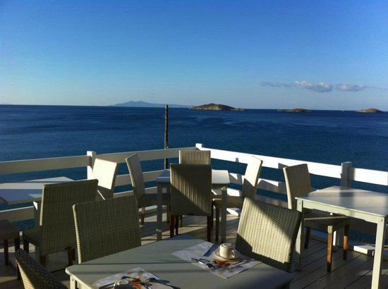 Perrakis Hotel Andros: Dinning