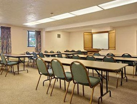 Days Inn: Meeting Room
