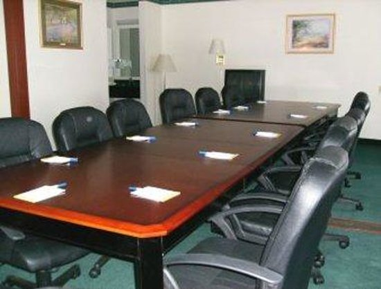 Days Inn Toledo Airport: Meeting Room