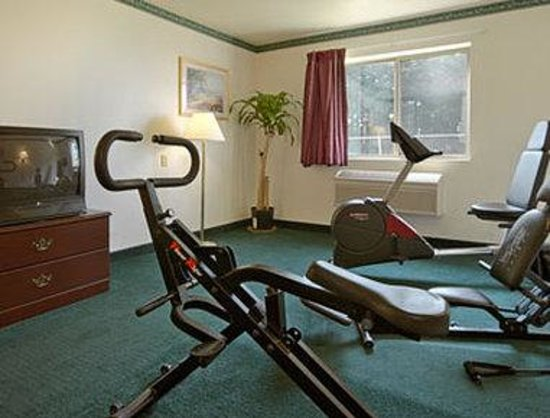 Days Inn Toledo Airport: Fitness Centre