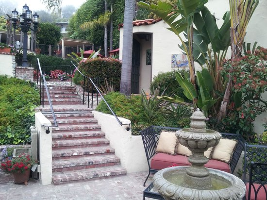 Casa Laguna Inn & Spa : Lots of stairs --- and exercise